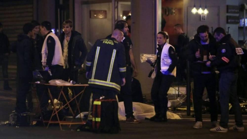 Les terroristes frappent en France